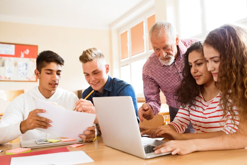 The 10 Factors to Consider When Applying to Colleges