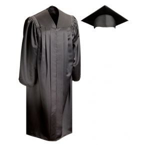 Bachelors Deluxe Cap & Gown