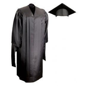 Masters Deluxe Cap & Gown